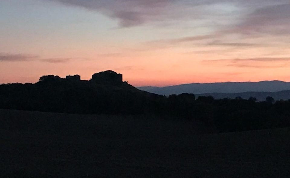 Gravel nocturno por La Toscana Navarra Tierra Estella/Lizarraldea.